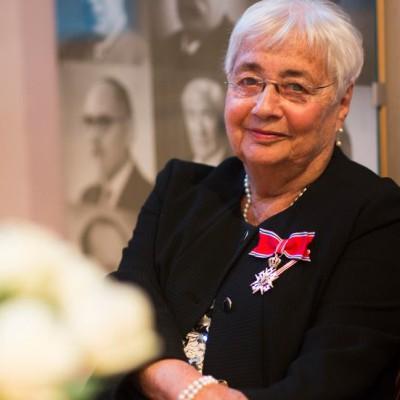 Vera Komissar. Bilde hentet fra www.adresseavisen.no.